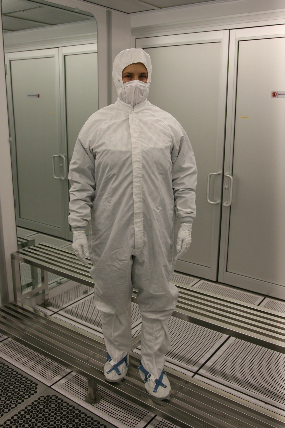 My Insurance Manager >> Cleanroom Gowns and Suits - AB5800 ESD | Prudential ...